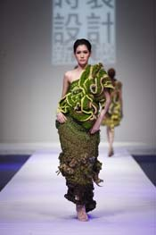 10.The Finals of Taiwan Fashion Design Award 2011-1